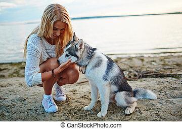 animal estimação, menina, dela