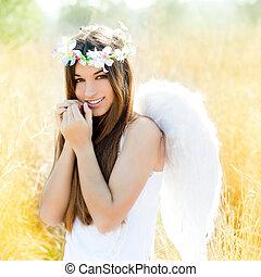 anioł, dziewczyna, w, złoty, pole, z, pióro, biały, skrzydełka