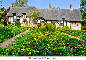 Anne Hathaway's Cottage, UK - Garden view of the famous...