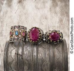 anneaux, ottoman, grunge, trois, arrière-plan.