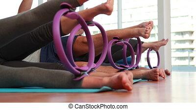 anneaux, pilates, classe, utilisation