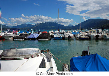 Annecy lake and mountains - Annecy lake, Albigny marina...