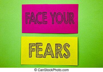 annonce, confiance, courageux, écriture, défi, texte, projection, fourage, note collante, arrière-plan., écrit, fears., vert, papier, photo, conceptuel, peur, figure, ton, bravoure