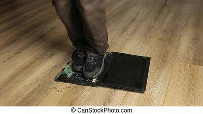 annonce, tomber, ordinateur portable, sauter, il