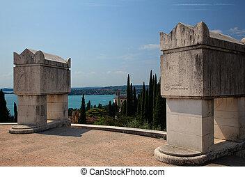 annunzio, monument