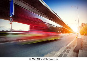 anochecer, viaducto, cuándo