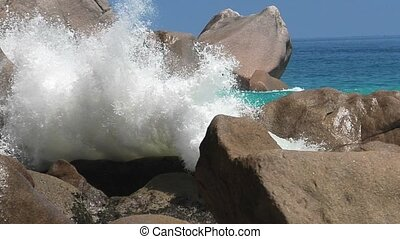 Anse Georgette powerful waves - SLOW MOTION: powerful waves...