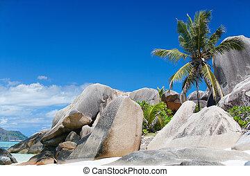 Anse Source d\'Argent beach - Beautiful Anse Source d...