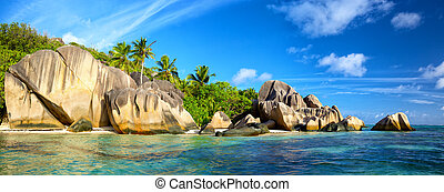Anse Source d'Argent panorama - Anse Source d'Argent beach...