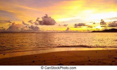 Anse Source d'Argent Seychelles HYPER LAPSE - La Digue...