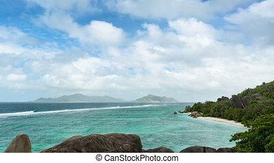 Anse Source D'Argent Timelapse, Seychelles - Timelapse...