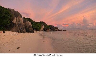 Anse Source d'Argent twilight - Seychelles, La Digue, Anse...