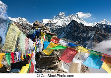 ansicht, von, everest, von, gokyo, ri, mit, gebet, flaggen, -, nepal