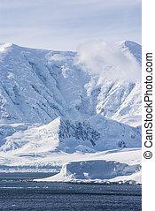 Antarctica - Frozen Landscape