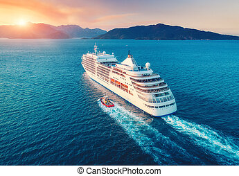antenn, solnedgång, stort, synhåll, skepp, vit, vacker