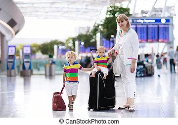 antes, aeropuerto, familia , vuelo