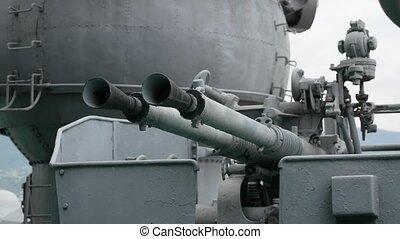 anti-aircraft gun mount aboard the gunship of an artillery cruiser.