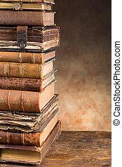 anticaglia, libri, con, spazio copia