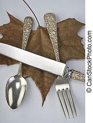 anticaglia, silverware.