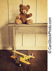 antieke , speelgoed, op, houten bank, met, ouderwetse , blik