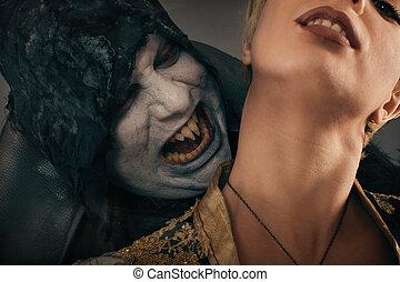 antiga, monstro, vampiro, demônio, mordidas, um, mulher, neck., dia das bruxas, fantasia