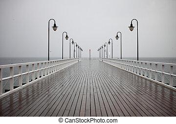 antigas, cais, em, chuva, ligado, mar báltico, orlowo,...