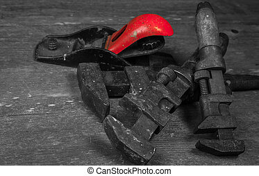 antigas, dê ferramentas
