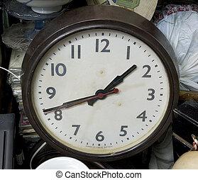 antigas, relógio, em, mercado pulga