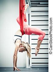 antigravity, yoga