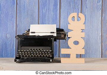 antik írógép, otthon
