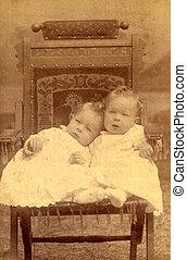 antik, fénykép, két gyerek, cirka, 1890
