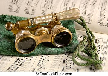antik opera glasögon, på, notblad