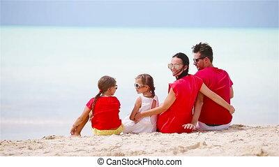 antilles, famille, jeune, exotique, amusement, plage blanche, avoir