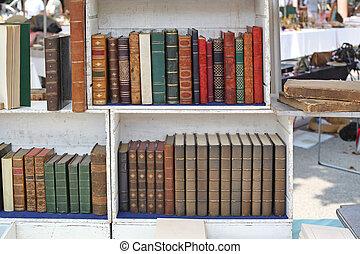 Antique Market Books