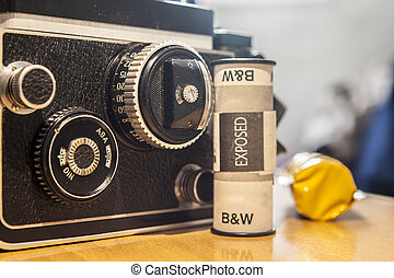 Twin-Lens Reflex camera with black and white film roll - ...