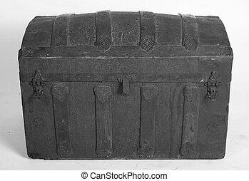 antique trunk - grandmas antique wooden trunk.