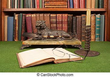 antiquité, blotter., cuir, livres, lampe, vert, verres lecture