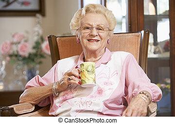 anziano, bevanda, caldo, bere, donna