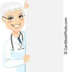 anziano, dottore, sbirciando