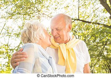 anziano, parco, coppia