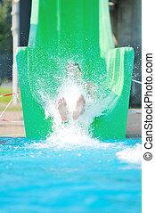 ao ar livre, corrediça água, divirta, menina, piscina, natação