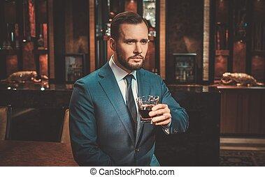 apartamento, bien vestido, hombre, whisky, vidrio, lujo, ...