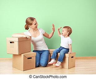 apartamento, hija, familia , pared, recolocación, cajas, madre, bebé, cartón, vacío, feliz