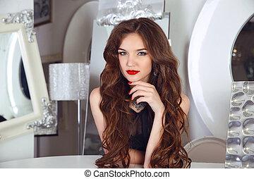 apartment., brillant, girl, blanc, sain, beau, bouclé, intérieur, poser, coiffure, rouges, mode, long, femme, moderne, hair., manucuré, brunette, lèvres, portrait., clous, makeup.