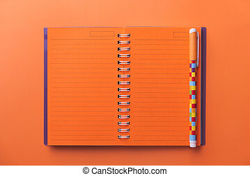 aperto, colorare, alto, blocco note, penna, fondo, vista, angolo