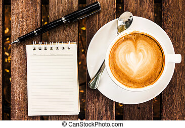 aperto, legno, quaderno, tazza penna, scrivania, vuoto, caffè, bianco