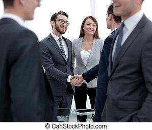 aperto mão, equipe, pessoas negócio