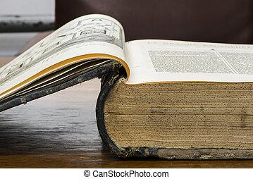 aperto, vecchio, libro