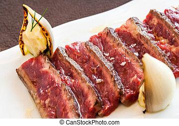 apetitoso, filete de carne de res, mignon.
