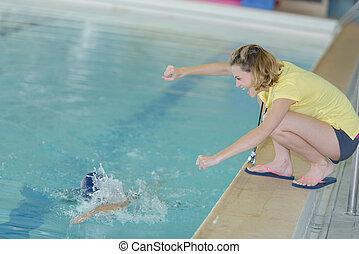 aplausos, entrenador, centro, ocio, natación
